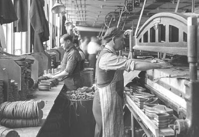 Industrialization<br />(1870 - 1900)